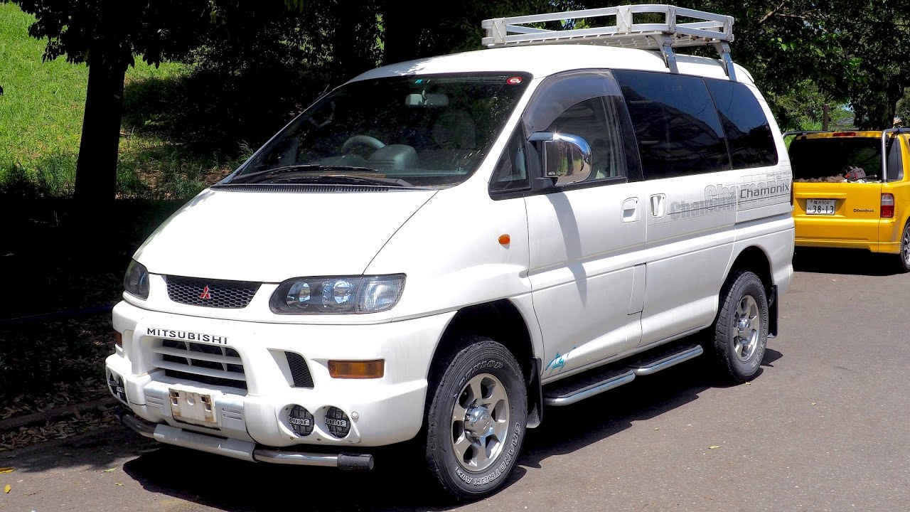 2002 Mitsubishi Delica Space Gear L400 (Canada Import
