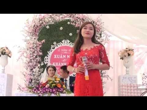 Chị gái cô dâu duyên dáng hát Trầu Cau Quan Họ hay ngây ngất  người nghe
