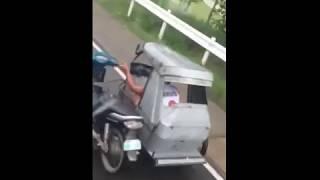 Когда на улице дождь, а ты на мотоцикле /Приколы 2018