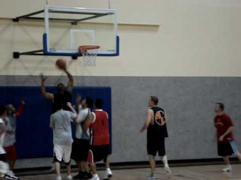 24 Hour Fitness Basketball in Mountain View, CA. Lowlights 2 (May 5, 2009)