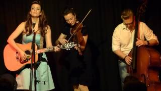 "Laura Bean and the Vagabonds - ""Tennessee Waltz"""