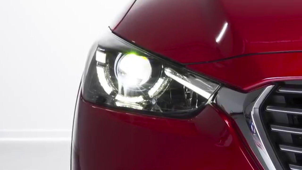Mazda 3 Owners Manual: Flashing the Headlights