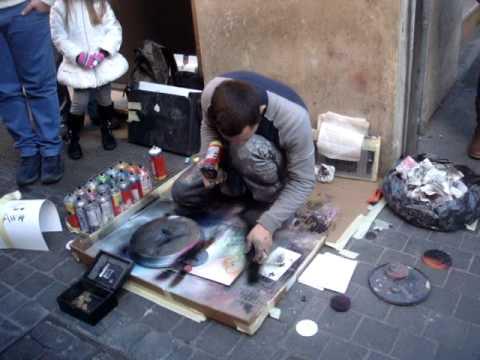 Spray Painting Street Artist - Rome - YouTube