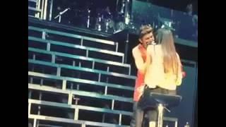 Justin Bieber Beija Menina ao vivo