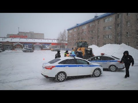 В Сургуте трактор задавил женщину
