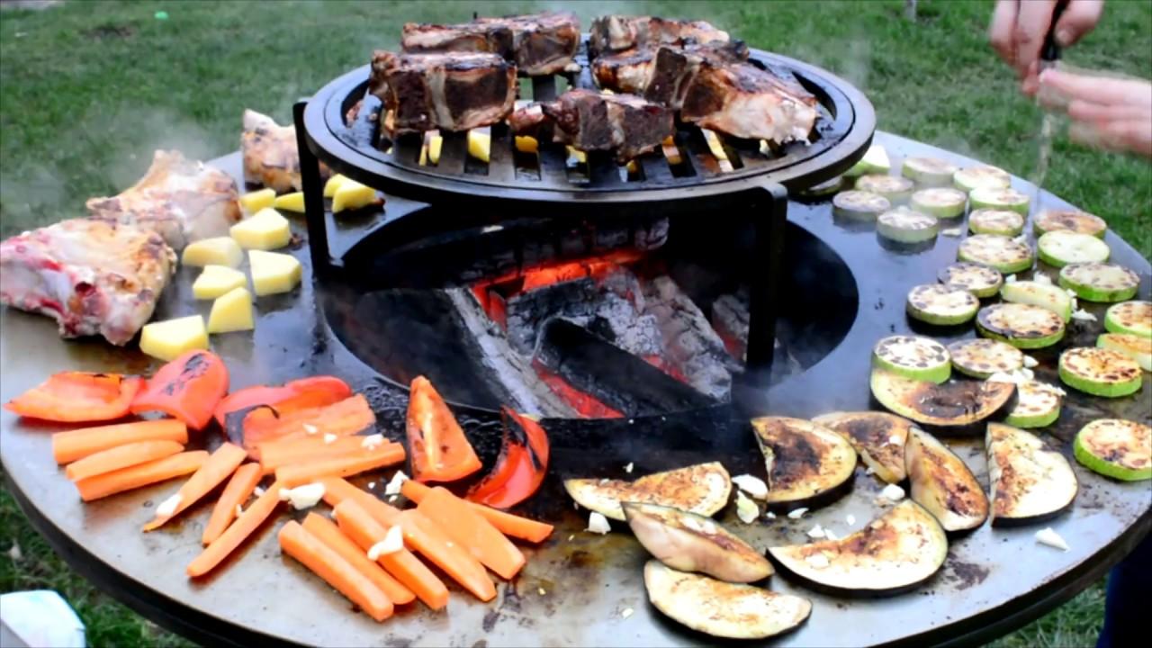 Мясо на гриле Тестируем гриль очаг Эльбрус