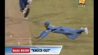 kaif runsout nick knight at world cup 2003.mpg