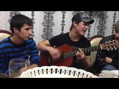 Прикольные песни под гитару) ) ).avi