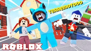 WOULD YOU SURVIVE THE STRONGEST NATURAL DISASTER? 😱 TERREMOTO IN ROBLOX WITH BEBE MILO VITA TIMO AND MORA