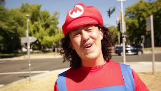 Смотреть клип Hobo Johnson - Mario And Link