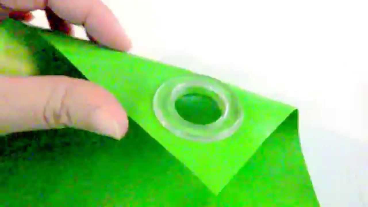 Ojal de plastico colocado en lona youtube - Lonas de plastico ...