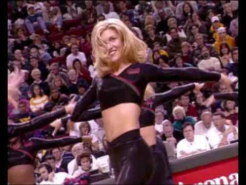NBA Live 2000: Pacific Division Halftime Show (PC)