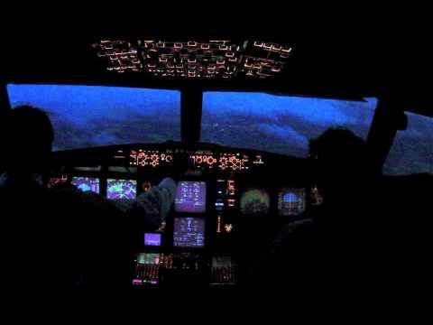 Heavy crosswind night landing