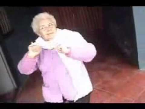 Nonna che balla - Video divertenti