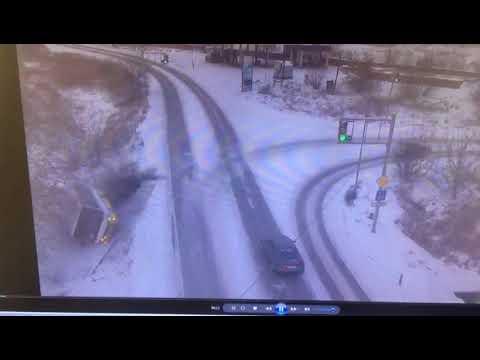 Появилось видео опрокидывания автобуса с пассажирами в Семее