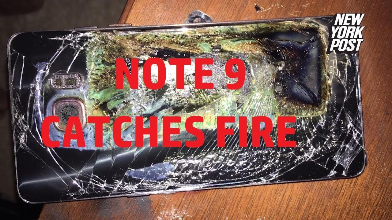 Galaxy Note 9 catches fire inside a woman's purse