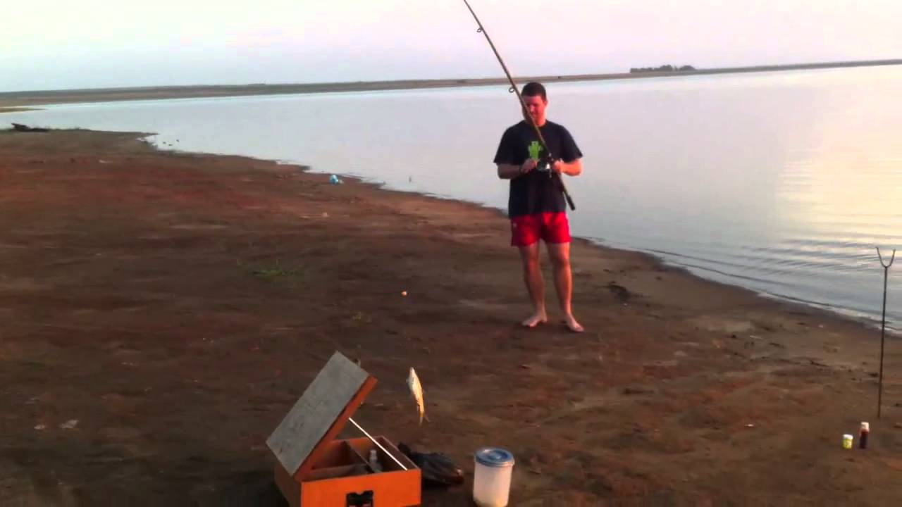 Dam fishing standerton grootdraai youtube for Fishing videos 2016
