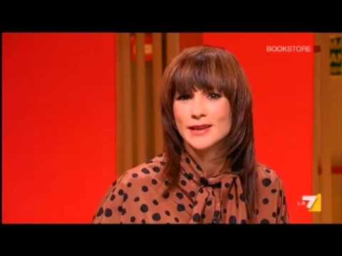 Angela Camuso autrice de La Preda intervista a La7 - Bookstore 19/03/2013
