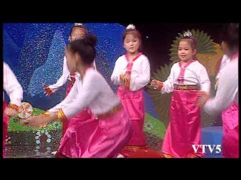 [Vầng trăng của em] Múa xòe Tây Bắc (CLB Ngọc Trai Việt)