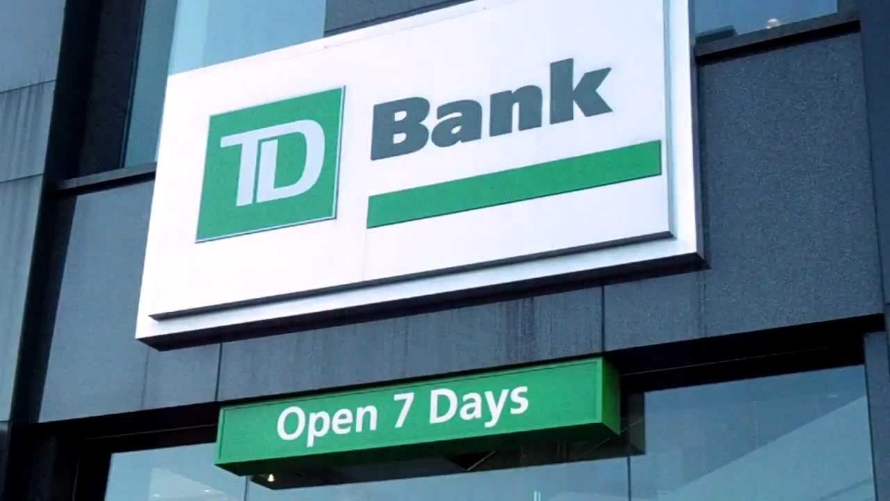 TD Bank Robbed brooklyn bensonhurst new york bay parkway & 86 st - Nov 22,  2012 thanksgiving day -2