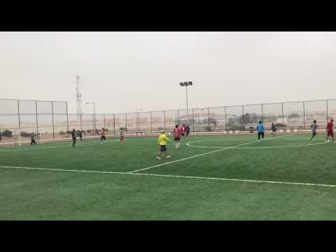 Pertandingan persahabatan di hari olah raga Sport Day in Qatar (MUTOWA FC vs IATMI)