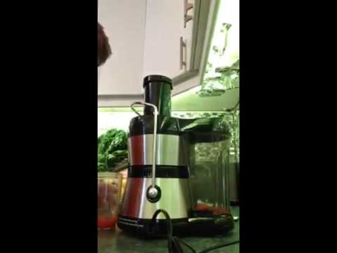 My First Juice, using the Jack Lalanne Power Juicer (Prestige edition) - John Hamill