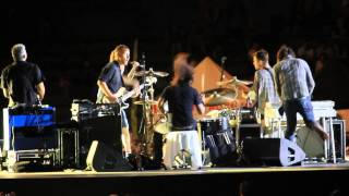 Foo Fighters- Stiff Competition (Cheap Trick Cover, Pista Atletica, Estadio Nacional, Chile 2015)