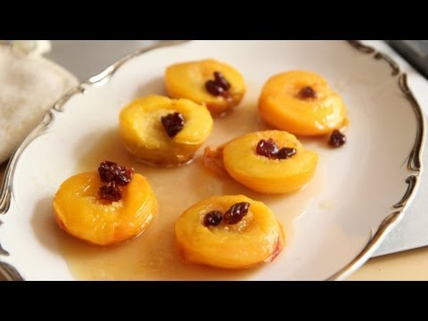 Peach Upside Down Cupcakes Recipe - Southern Queen of Vegan Cuisine 39/328