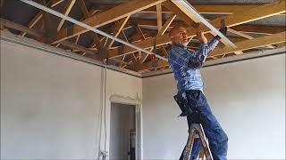 Jak zrobiłem? Sufit podwieszany - konstrukcja - montaż do belek drewnianych.
