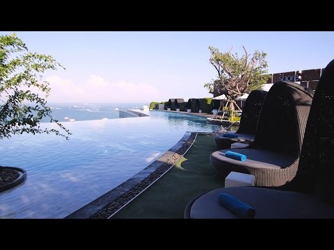 Hilton Pattaya – Luxury Beachfront Hotel in Pattaya, Thailand