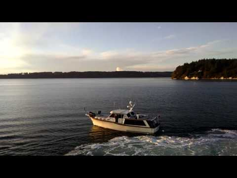 Washington State Ferry hits a boat near Vashon Island