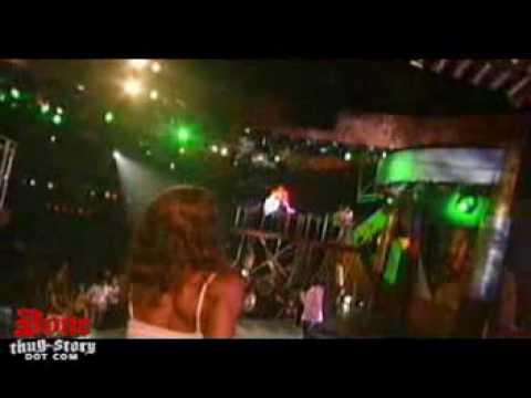 Chamillionaire ft. Krayzie Bone - Ridin'.