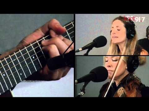"Court Yard Hounds - ""Aimless Upward"" - KXT Live Sessions"
