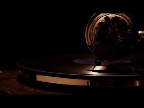 Играет пластинка  Музыкальный футаж   копия