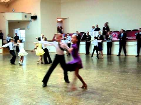В ТАНЦАХ - Танцевальный центр в Саратове