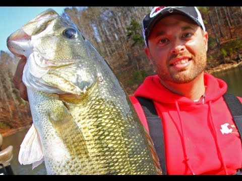 Winter Fishing HUGE Spotted Bass