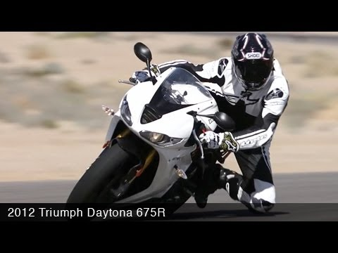 MotoUSA  Triumph Daytona R Comparison