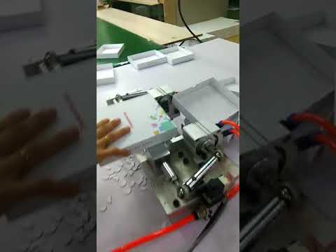Half hole punching machine for box