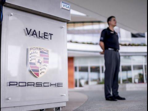 Garage Europa   Porsche Center Puerto Rico Exhibits