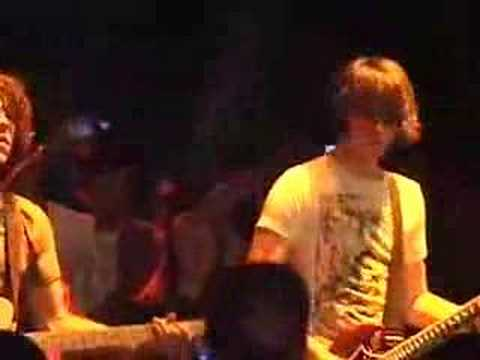 The Skyline Drive - Carry On LIVE at Band-Aid-07