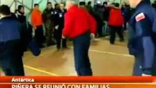 La caída de Sebastián Piñera en la Antártida.mp4