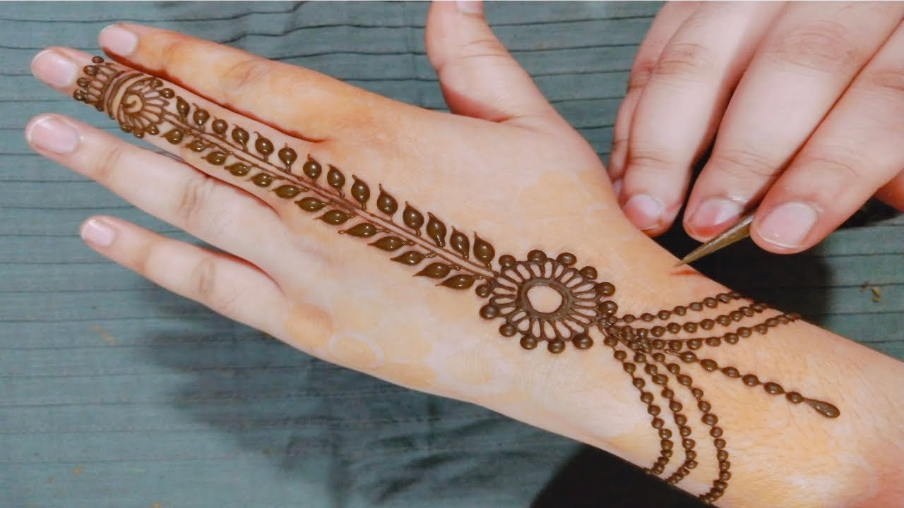 easy simple mehndi design back hand