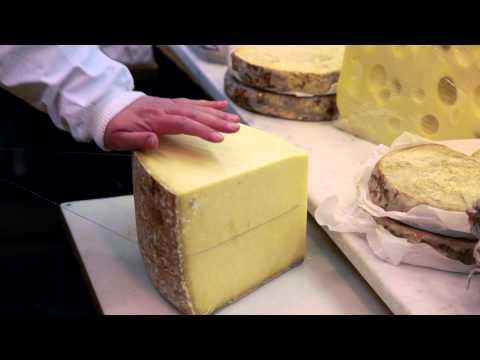 """Gastronomie Paris, """"Chez Virginie"""", fromagère"""