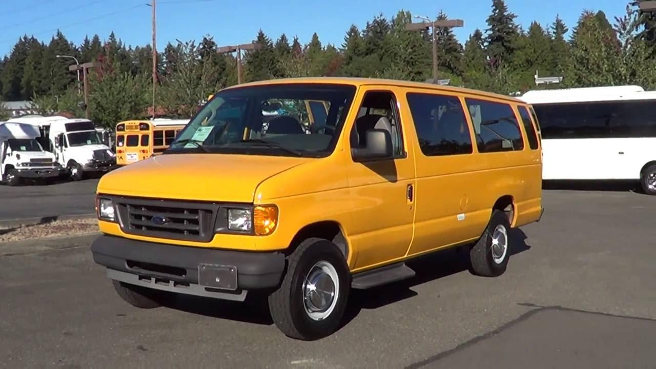 2004 Ford E350 Van 11 Passenger - S73367
