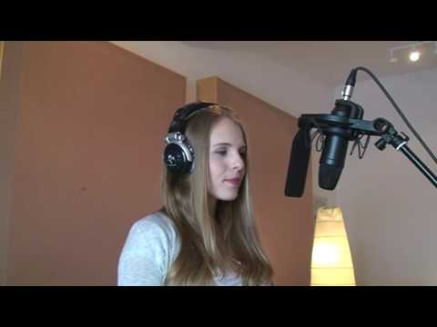 Hallelujah - Alexandra Burke (Cover by Alicia Daniels)