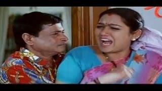 M S Narayana Hugs Hot Hema Aunty - NavvulaTV