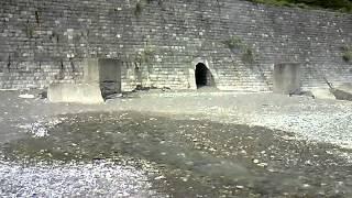 видео Самая короткая река в мире