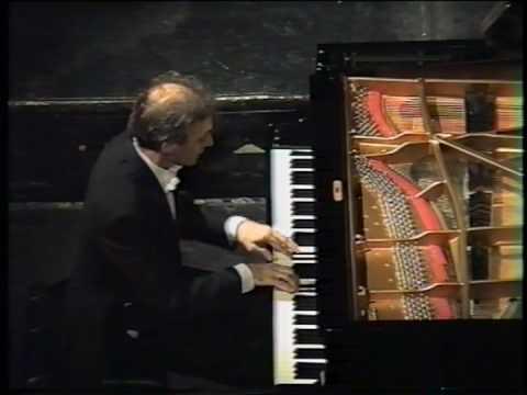 Debussy - Prélude - La Danse de Puck. Alessandro Drago