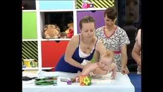 видео Нужен ли массаж ребёнку с гипертонусом? - Доктор Комаровский