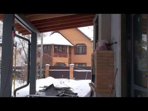Температурно-усадочные швы между цоколем и фасадом в системе мокрого фасада Ceresit